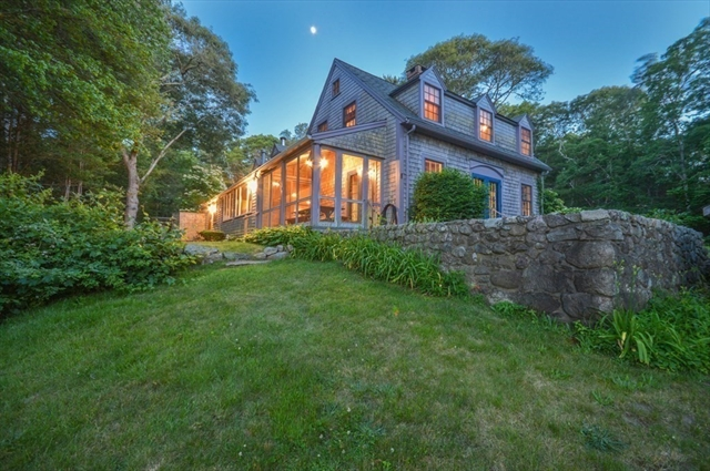 10 Scotch House Cove Road Bourne MA 02534
