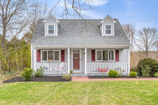 31 Perry Street Middleboro MA 02346