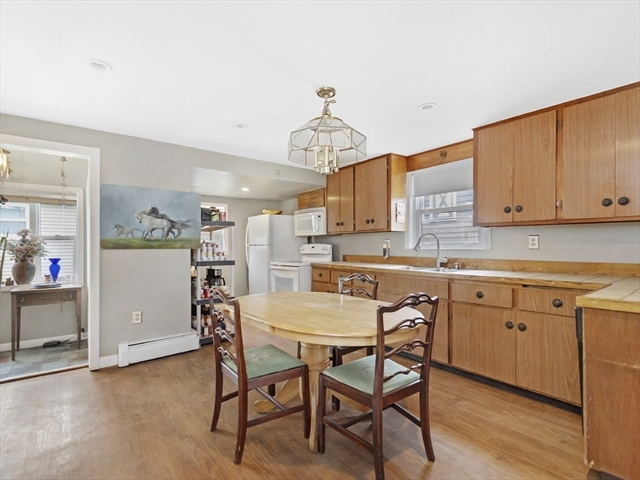 56 LAKEVIEW Terrace Waltham MA 02451