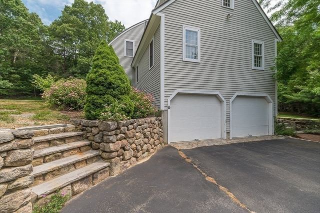 8 Turtleback Road Essex MA 01929