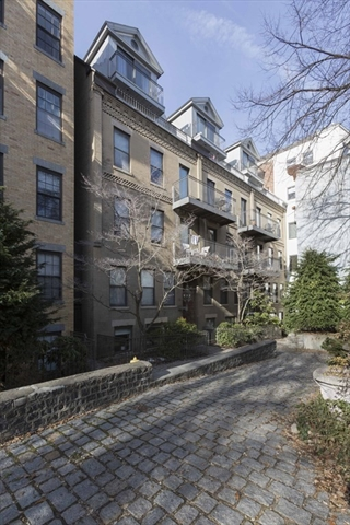 16 Greenough Lane Boston MA 02113