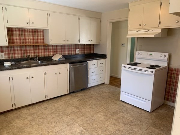 75 Proctor Road Chelmsford MA 01824