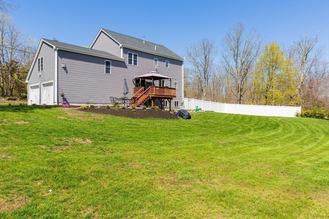 15 Mount HOPE North Attleboro MA 02760