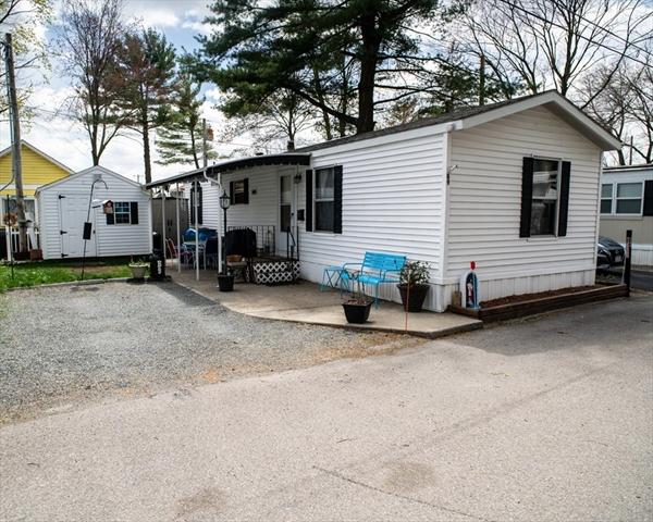 1346 Newport Avenue Attleboro MA 02703