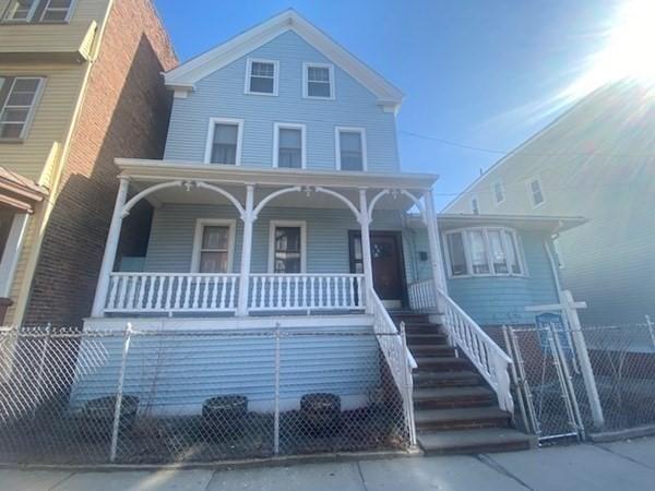 421 Saratoga Street Boston MA 02128