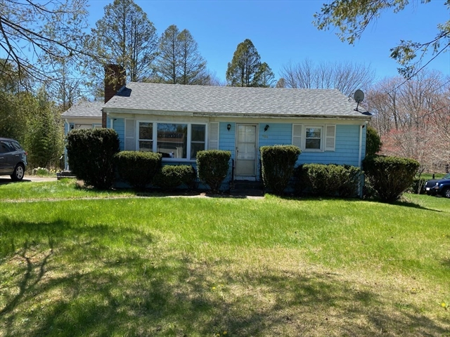 588 Old Somerset Avenue Dighton MA 02764