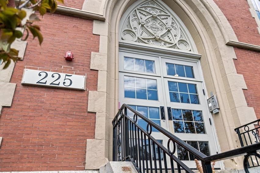 225 Dorchester St, Boston, MA Image 27