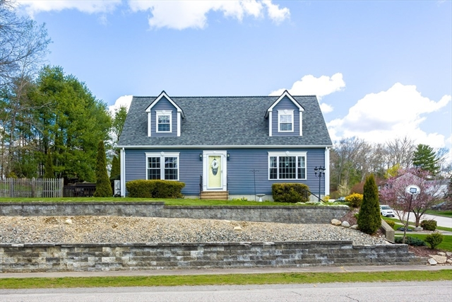 36 Fairview Avenue Dudley MA 01571