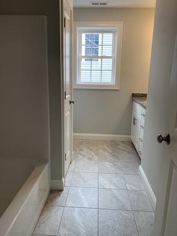 305 Sprucewood Lane Clinton MA 01510