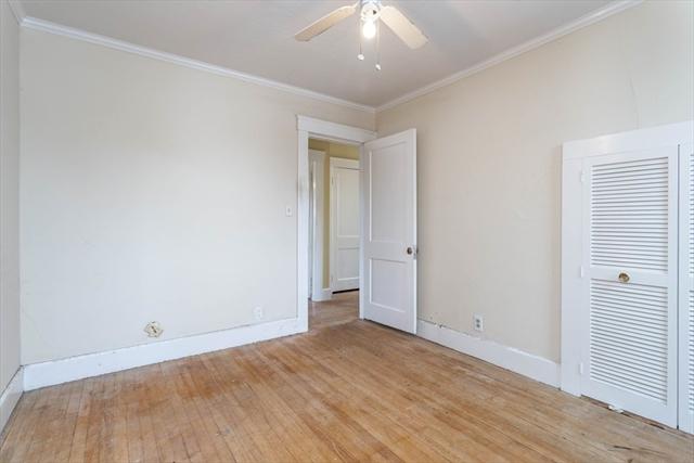 14 Vassar Street Leominster MA 01453