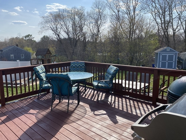 11 Highview Terrace Bridgewater MA 02324