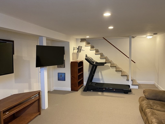 11 Highview Terrace Bridgewater MA 02324