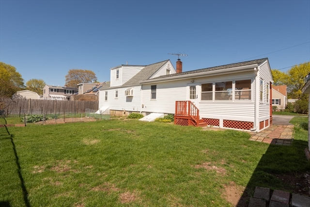 11 Country Drive Beverly MA 01915