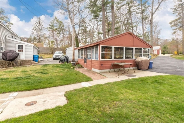 51 West Shore Road Merrimac MA 01860