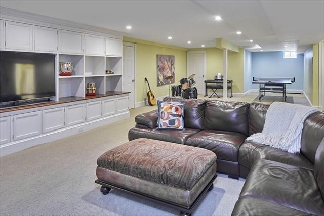 2 Burnett Lane Wellesley MA 02481