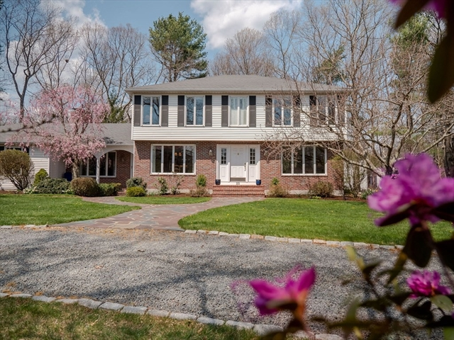 25 Ramblewood Drive Easton MA 02356
