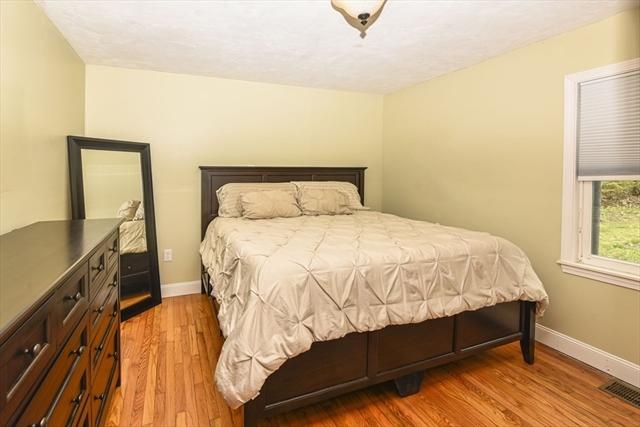 81 Pleasant Street Plainville MA 02762