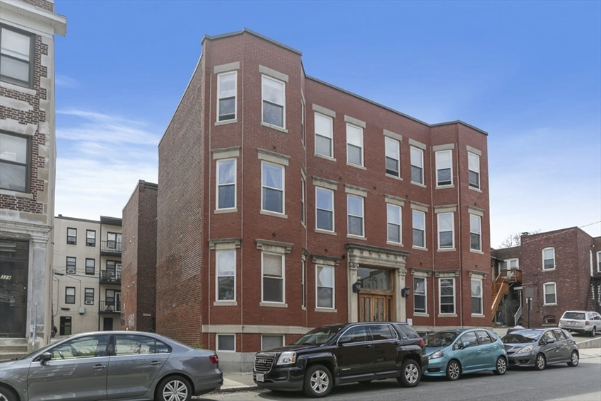 330 Summit Ave, Boston, MA Image 15