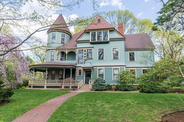 32 Woodland Rd, Newton, MA, 02466, Auburndale Home For Sale