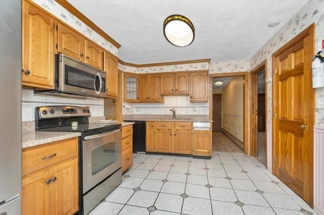 17 Pinckney Street Dracut MA 01826