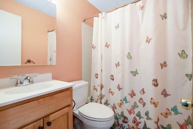 32 Maginnis Avenue Holyoke MA 01040
