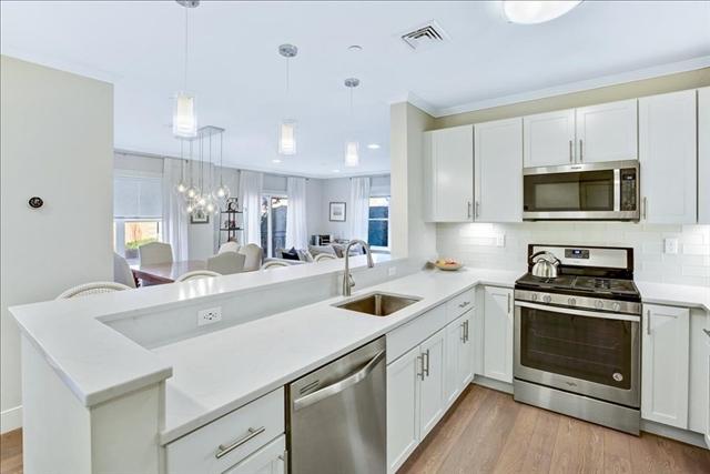 320 Maverick Street Boston MA 02128