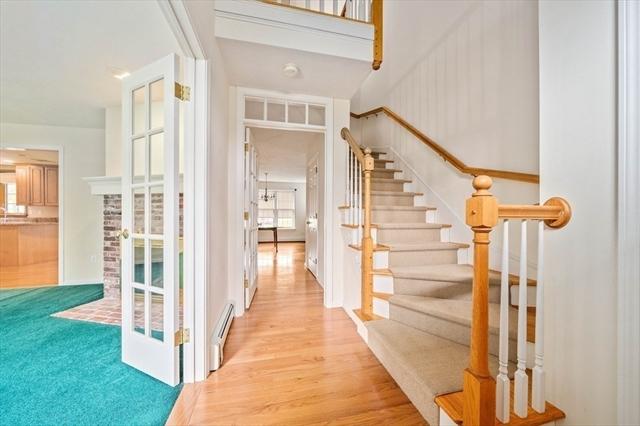 45 Cobblestone Lane Weymouth MA 02190