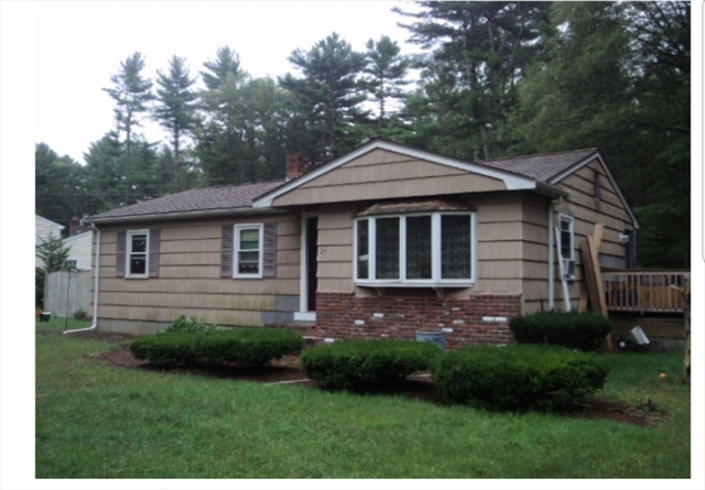 27 Chesnut Road Pembroke MA 02359