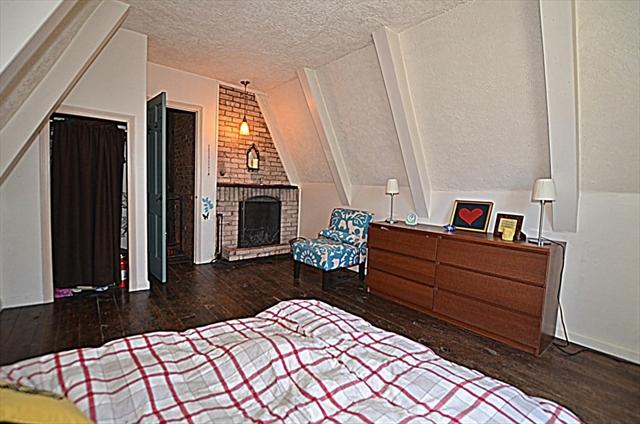 186 Old Abbey Lane W Becket MA 01223