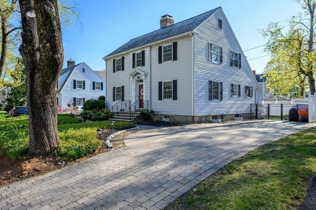 22 Arundel Street Andover MA 01810
