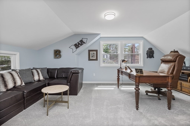 4 Monmouth Chelmsford MA 01824
