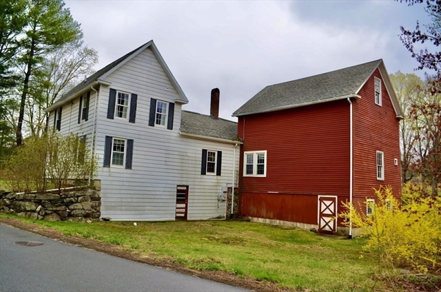 23 Freighthouse Road Charlton MA 01507