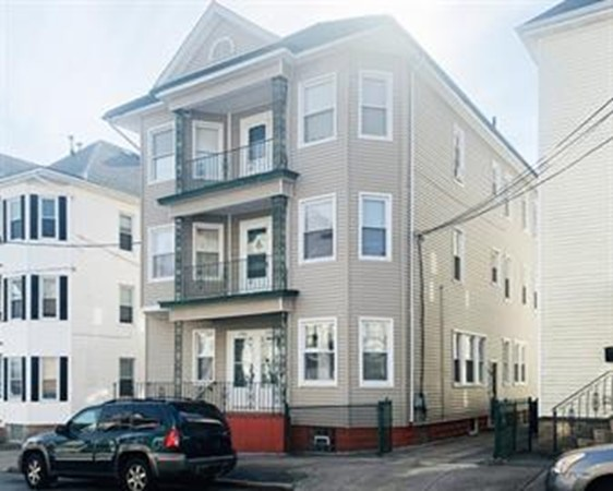 198 Davis Street New Bedford MA 02746