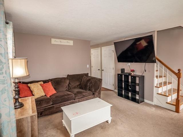 39 Fowler Street Westfield MA 01085