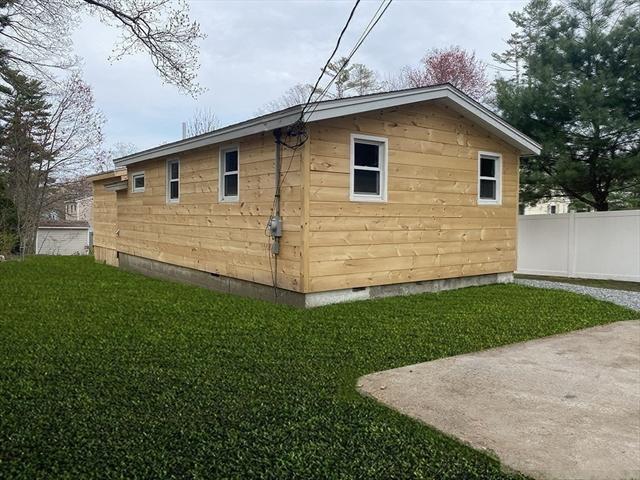 41 Clark Road Lakeville MA 02347