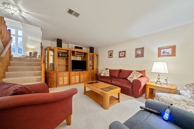 35 Willow Pond Drive Rockland MA 02370