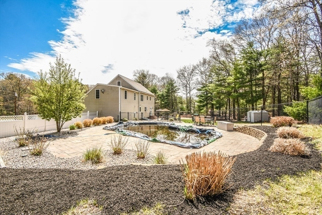 26 Rush Pond Road Lakeville MA 02347