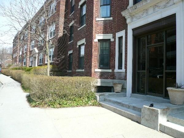 83 Plesant Street Brookline MA 02445
