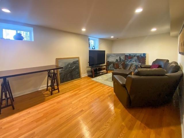 85 Florence Street Newton MA 02467