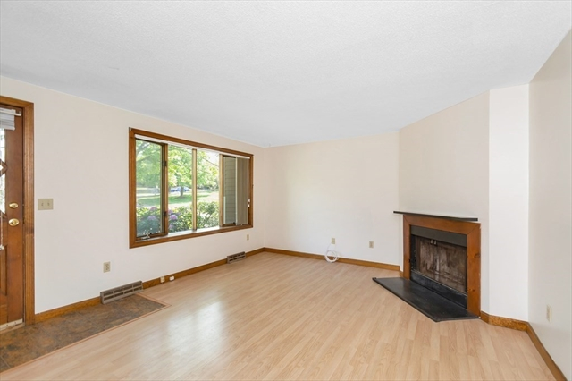 3 Scotty Hollow Drive Chelmsford MA 01863