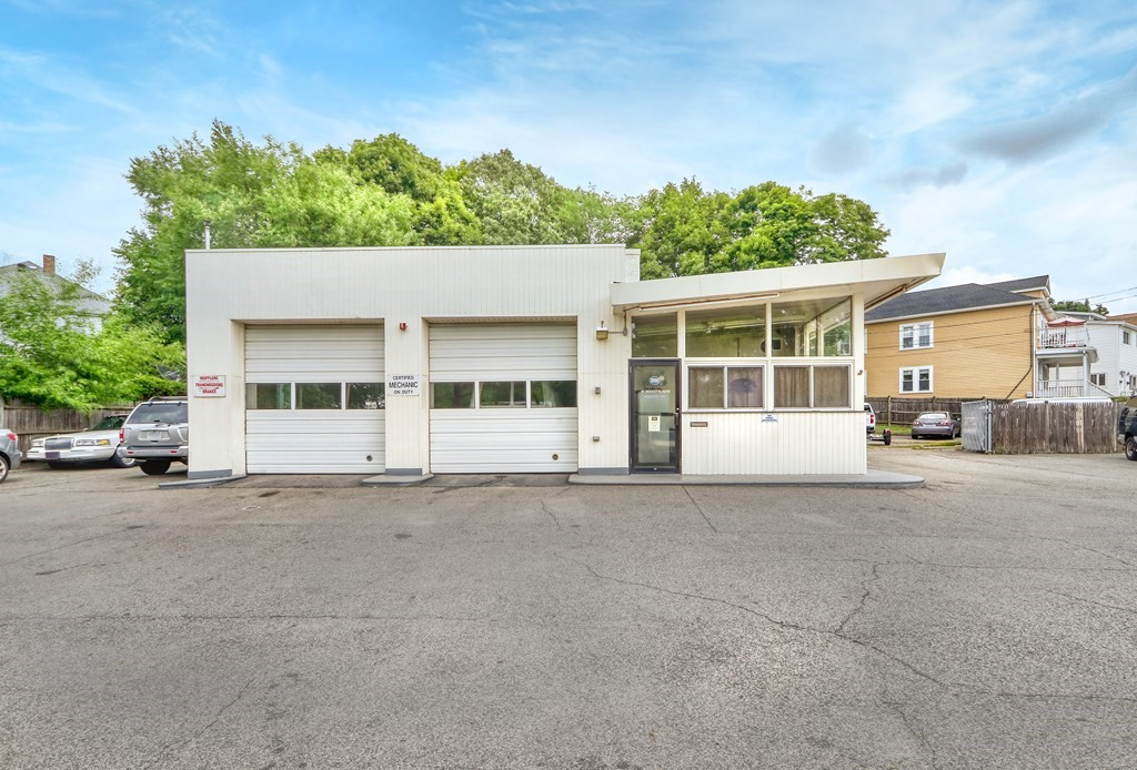 Photo of 325 Alewife Brook Pkwy Somerville MA 02144