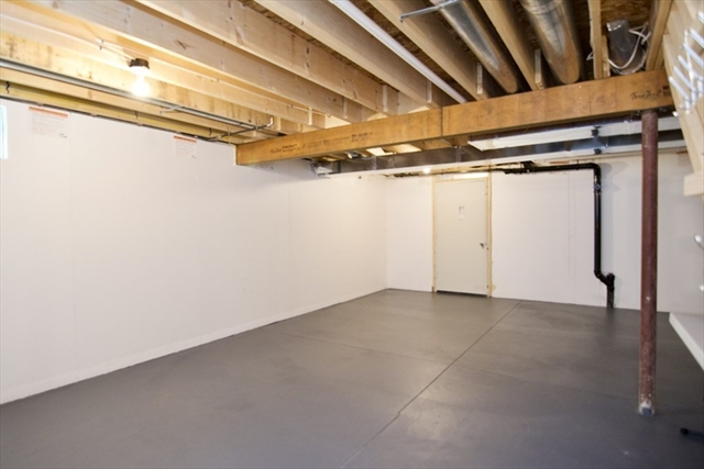 130 Benz Street Springfield MA 01118