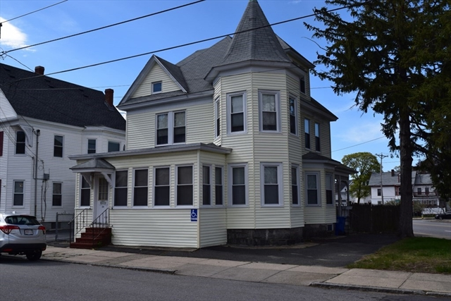 28 Dorchester Street Lawrence MA 01841
