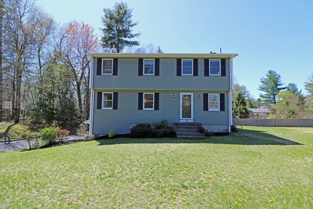 28 Colony Circle Westfield MA 01085