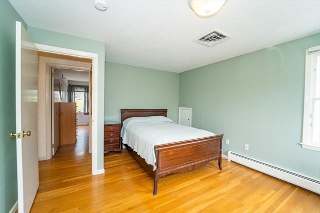 13 Woodvale Avenue Plymouth MA 02360