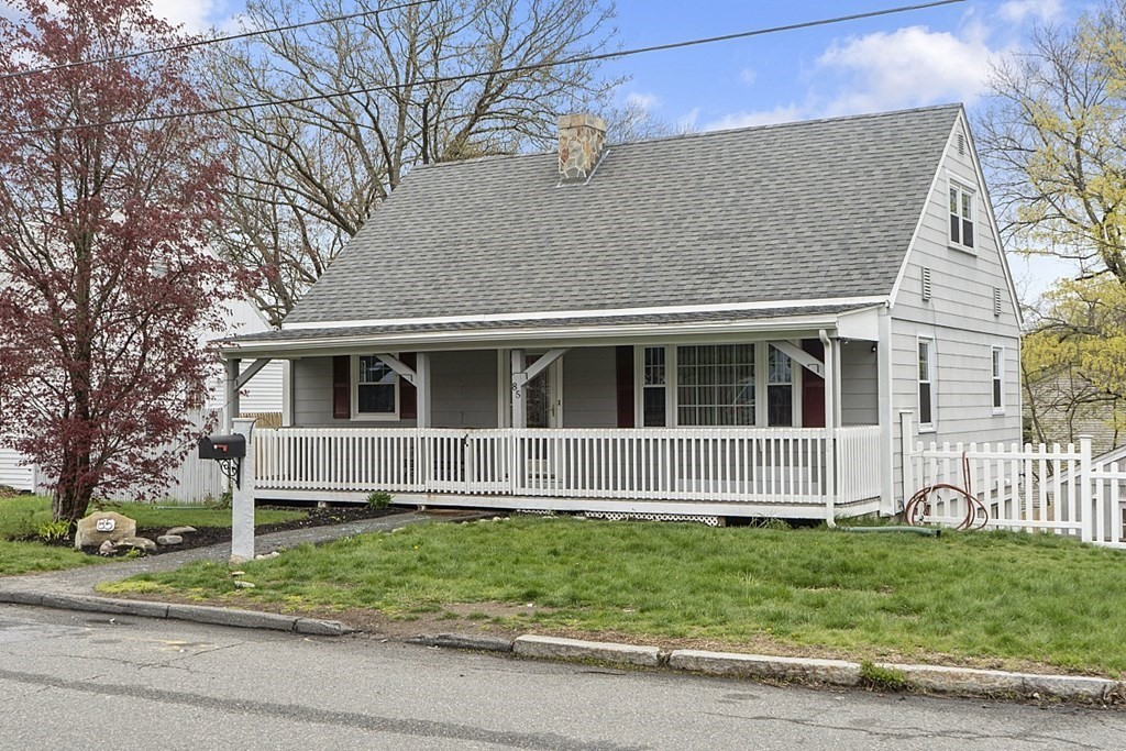 Photo of 85 Wesley St Lawrence MA 01841