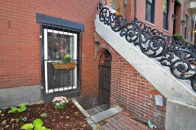 194 W Springfield Boston MA 02118