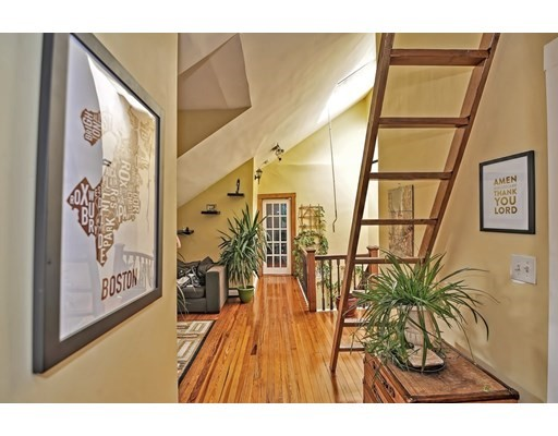 20 Sunset Street Unit 4, Boston - Mission Hill, MA 02120