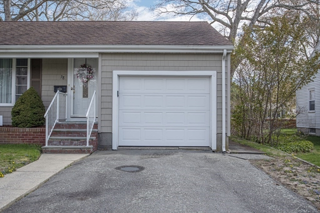38 Richfield Street Dartmouth MA 02747