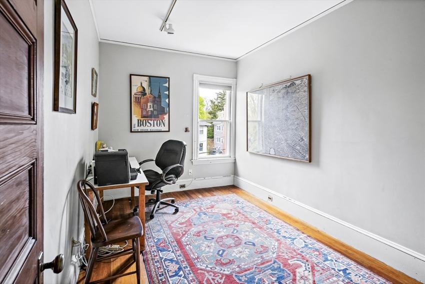 33 Lexington Avenue, Cambridge, MA Image 3